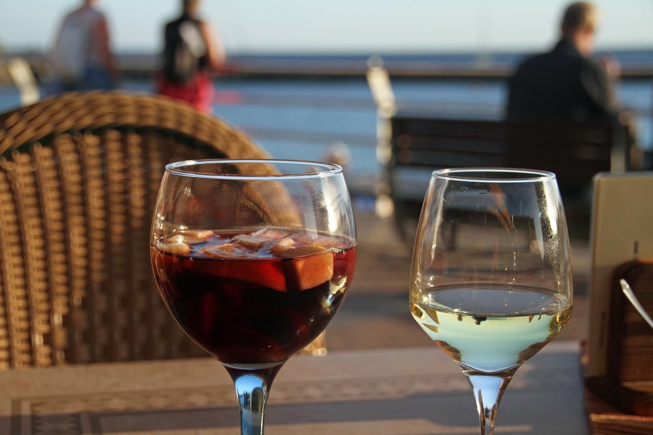 Wine to enjoy during a Oahu Luxury journey