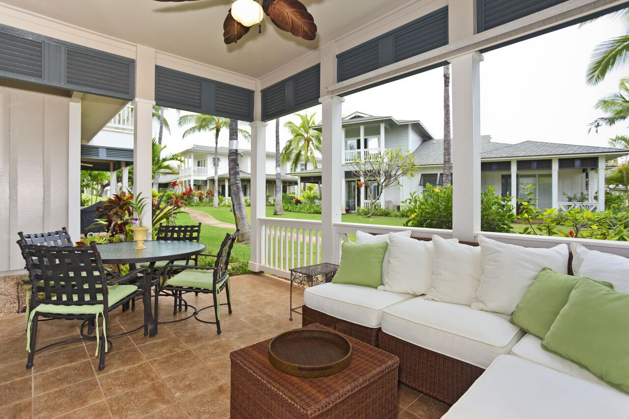 Outdoor Seating Set in the Porch of Our Ko Olina Vacation Home Rentals.