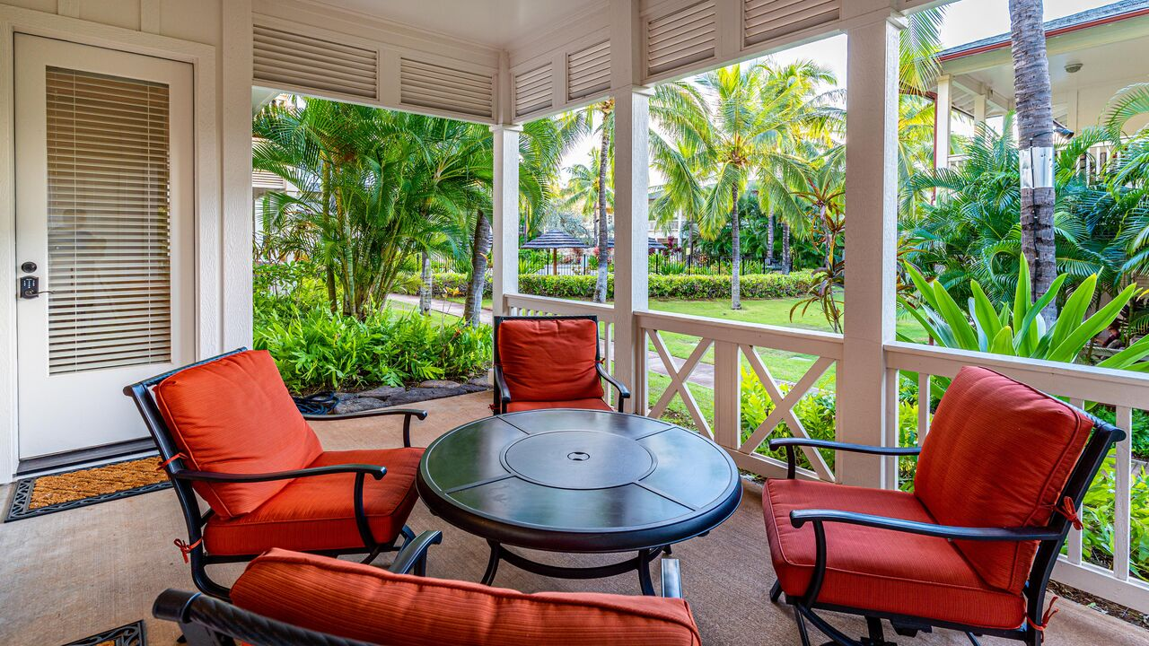 The front porch of one of our Villas in Hawaii
